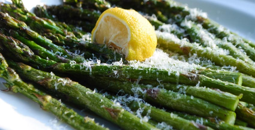 Broiled Asparagus With Grains Of Paradise